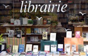 Librairies fermées: toute une profession en colère